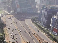 Pollution in 'severe' zone despite showers