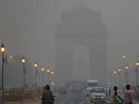 On New Year Day, air pollution on edge of emergency level in