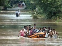 Gujarat pegs damage figure at Rs 2,000 crore in recent flood