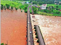 Mum-Goa NH Bridge Caves In, 22 Missing