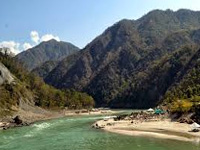 400 students from 37 schools pledge to save environment at banks of Ganga in Rishikesh