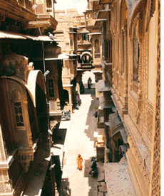 Jaisalmer`s architectural wonders beat the heat